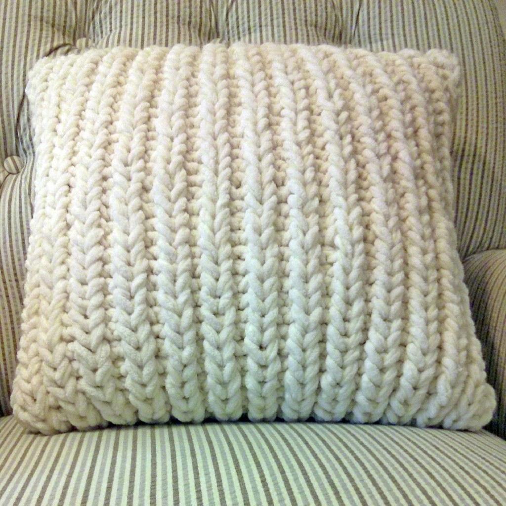 Fisherman's Rib Accent Pillow - Purl Avenue