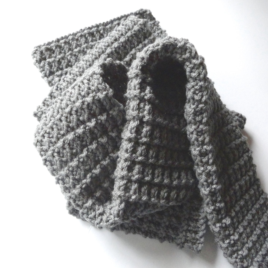 Knitting Patterns For Men Scarf : Ridge Rib Mens Scarf - Purl Avenue
