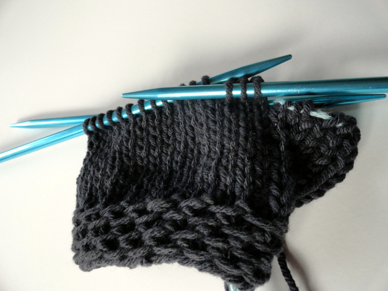 Easy Fingerless Glvoes Knit