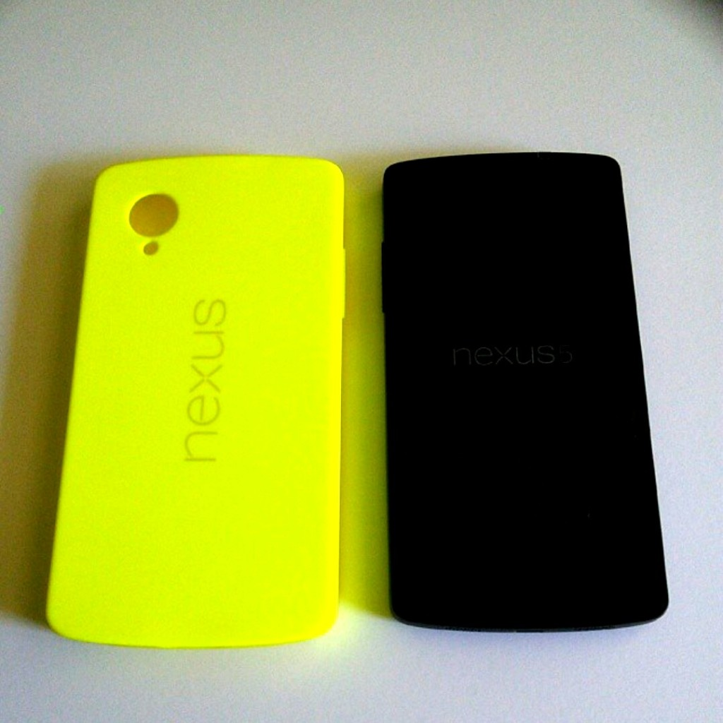 Nexus 5 and bright yelow bumper case
