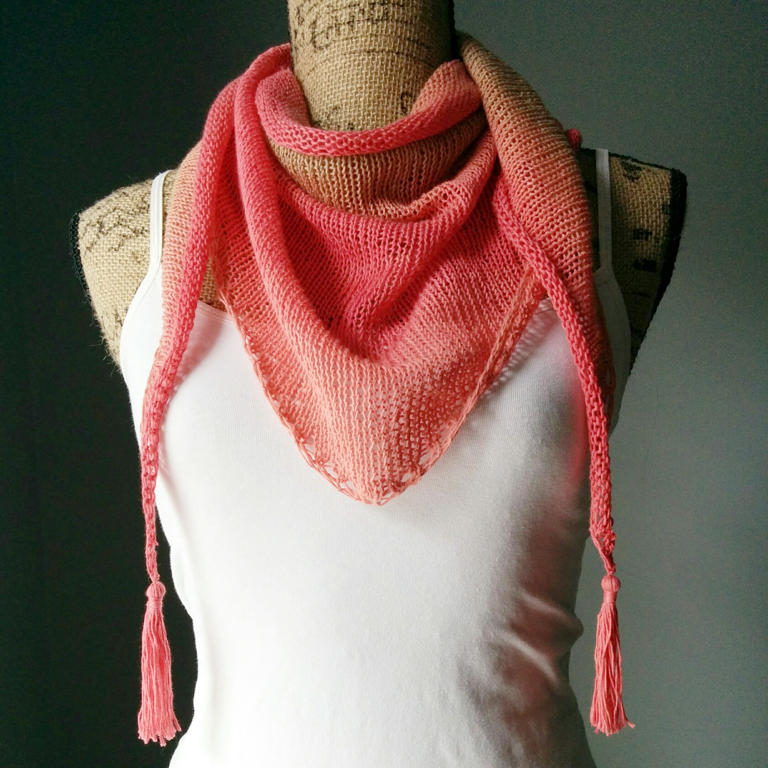 Knitted Stockinette Stitch Scarf Pattern : Stockinette Stitch Shawlette - Purl Avenue